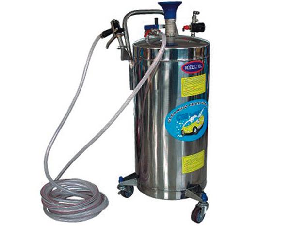 آلة تنظيف الضغط العالي